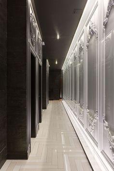 The juxtaposition of black and white is sublime Lobby Interior, Interior Architecture, Corridor Lighting, Hotel Corridor, Elevator Lobby, Nightclub Design, Corridor Design, Classic Living Room, Built In Furniture