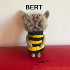 Needle Felted Cat, Needle Felted Animals, Felt Animals, Felt Gifts, Quirky Gifts, Felt Cat, Soft Sculpture, Crazy Cats, Gifts For Friends