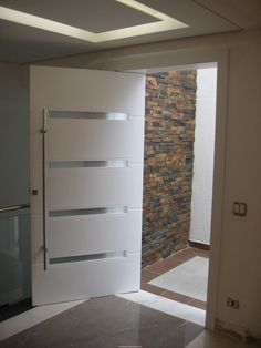 Modern Interior Doors Ideas Choosing Modern Interior Doors for Your Home Modern Interior Doors Ideas. Interior doors are as important as exterior doors. Within a home or a building, interior doors … Door Design Interior, Home, House Doors, Home Door Design, Doors Interior, Modern Entryway, Doors Interior Modern, Modern Interior, Front Door Decor