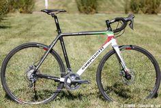 Guerciotti Lembeek Disc Cyclocross Bike. © Andrew Reimann / Cyclocross Magazine