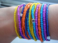 Pulseiras de missangas by ACBeads, via Flickr