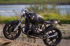 BMW R100RS    I keep mentioning my project short list, an R-series BMW cafe