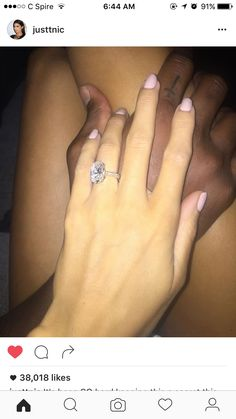 Nicole Williams engagement ring. Obsessed. #justtnic #wags #larryenglish