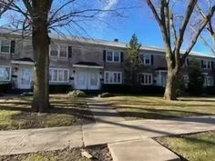 905 N Raynor Ave, Joliet, IL, 60435 | realtor.com® Mls Listings, Keller Williams Realty, Lawn Care, Home Insurance, Home Values, Dining Area, Townhouse, The Neighbourhood, Real Estate