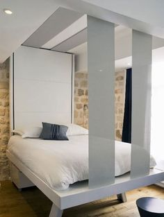 Small Bedrooms and Bed Nooks