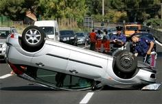 """""""Papa heeft veel biertjes gedronken en toen is hij in de auto gaan rijden en toen is hij met de auto omgevallen."""""""