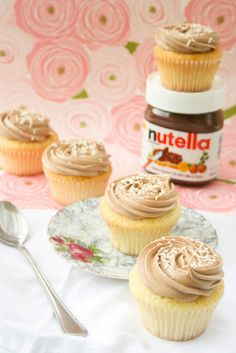 vanilla bean buttermilk cupcakes with nutella buttercream frosting///the whole recipe is so simple, and SO DELICIOUS. OMG I have I love vanilla and Nutella and have never really liked to much chocolate on chocolate.