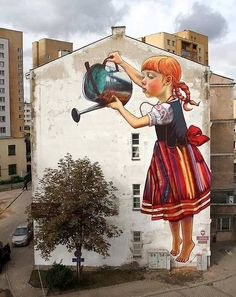 Street art and nature don't usually intersect, especially in large cities where most graffiti and tagging can be found. These gorgeous images are the exception — a beautiful melding of street art and urban flora. 3d Street Art, Street Art Utopia, Amazing Street Art, Street Art Graffiti, Street Artists, Street Mural, Awesome Art, Graffiti Artwork, Graffiti Artists