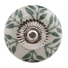 Porseleinen meubelknop blaadjes wit/groen. Deze meubelknoppen geven uw meubels extra kleur en uitstraling en zijn verkrijgbaar in meerdere kleuren.