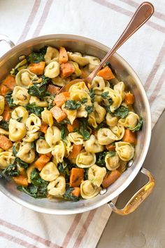 Recipe: Creamy Skillet Tortellini with Sweet Potato and Spinach — 5 Skillet Re. Recipe: Creamy Skillet Tortellini with Sweet Potato and Spinach — 5 Skillet Recipes from Casey Barber Spinach Tortellini, Vegan Tortellini, Tortellini Recipes, Butternut Squash Ravioli, Spaghetti Squash, One Pot Pasta, Homemade Pasta, Easy Weeknight Meals, Easy Meals For Dinner