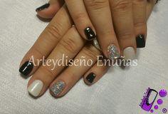 #nailsgel #nails #nailart #design #arte #diseño #modafeminina #modafashion #fashionista #style #art #artist #lovenails #love #lovenails #design #gel #uñasdecoradas #buenosaires #argentina