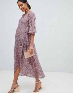 1b7056cb2eec 37 Cute Maternity Dresses That Are Truly Perfect for Valentine's Day