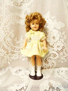 Shoes ith yellow dress 1950