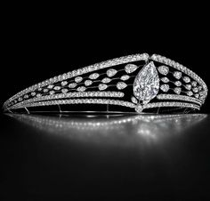 Diacore diamond tiara  I love Pear-shaped Diamonds especially! Also, Hearts (1) and Ovals (2)