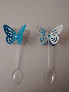 Colher para doce borboleta em 3 D, com duas cores, para outras cores consulte. Temos também na opção topper para doce. link para vendas:http://www.elo7.com.br/2fcb72