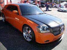 Dodge Magnum Custom by Flightvector, via Flickr