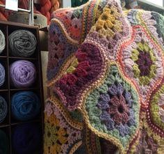 Mystical Lanterns Shawl by Jane Crowfoot || my life in knitwear