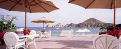 Experience the ultimate Baja California beach vacation at Pueblo Bonito Rosé Resort in Cabo San Lucas, Mexico. Located on the beautiful El Médano beach, on the Sea of Cortez and the famous El Arco landmark, This Resort offers exceptional access to Cabo attractions, beaches and fun things to do in Cabo. With its expansive shoreline and calm waters, El Médano beach is the best beach in Cabo. Downtown Cabo restaurants, shopping and exciting nightlife are just a short walk from the resort.