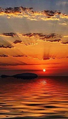Wallpaper paisagem por do sol super Ideas Amazing Sunsets, Amazing Nature, Sunset Pictures, Nature Pictures, Sunrise Photography, Nature Photography, Beautiful Places, Beautiful Pictures, Sunset Wallpaper
