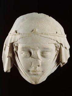 ca. 1285. Masque du gisant de Jeanne de Toulouse, provenant de l'abbatiale de Gercy à Varennes-Jarcy (Essonne)
