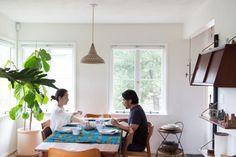 Momo-Suzuki-and-Alexander-Yamaguchi-of-Black-Crane-at-home-in-LA-photograph-by-Kikuko-Usuyama-Remodelista-1