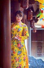 Ghim của Hữu Phan Trọng trên Graceful long dress flowers