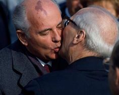 Anniversary of the GDR Leader of USSR Mikhail Gorbachev kissing East German President Erich Honecker during the Anniversary of the German Democratic Republic (GDR) Mikhail Gorbachev, 40th Anniversary, Constitution, Cuba, Presidents, Gay, Marriage, Couple Photos, Fictional Characters