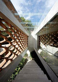 En pleno corazón de la Ciudad de México, se encuentra esta residencia pacífica y funcional.