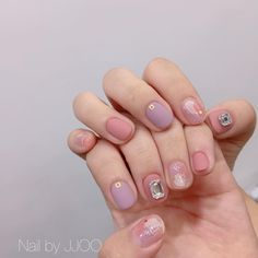 Uploaded by J O A N A. Find images and videos about pink, inspiration and nail art on We Heart It - the app to get lost in what you love. Nail Shapes Square, Square Nails, Grey Acrylic Nails, Pastel Nails, Summer Toe Nails, Spring Nails, Pedicure Designs, Nail Art Designs, Trendy Nails