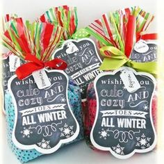 A cute tag to go with a package of cute socks. Cozy Toes Free Printable {frugal Christmas presents}  --  Maybe for a Secret Santa.