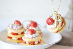 Cute!! desserts mini made of clay