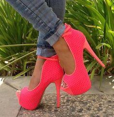 Vogue Solid Color Peep-Toe Ankle Strap Platform Heels - Dressv.com shoes»http://www.dressv.com/product/10970466.html more»htt...