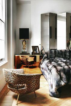 House Tour: Angela Dunn + Colin Radcliffe's Gorgeous London Home