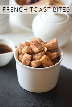 10 Most Misleading Foods That We Imagined Were Being Nutritious! These Cinnamon Sugar French Toast Bites Are Certain To Take Up Permanent Residence In Your Sunday Brunch Rotation. Waffle Recipes, Brunch Recipes, Breakfast Recipes, What's For Breakfast, Perfect Breakfast, Breakfast Bites, Breakfast Buffet, French Toast Bites, Yummy Food