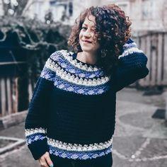 Snowflakes Sweater. Crochet Pattern – ByKaterina Crochet Cross, Crochet Yarn, Double Crochet, Single Crochet, Free Crochet, Crochet Sweaters, Knitting Patterns, Crochet Patterns, Crochet Cardigan Pattern