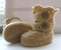 Crochet baby boots crafts-and-such