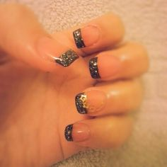 black sparkle gel nails