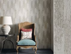 Driftwood, de la collection Enchanted Gardens d'Osborne & Little   #papierpeint #wallpaper #wallcoverings #interiordesign #interiordesignideas #deco #décoration   #decorationideas #decor #fleurs #flowers Enchanted Garden, Decoration, Accent Chairs, Furniture, Collection, Home Decor, Tapestry, Arredamento, Wall Art
