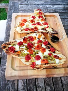 Roasted Tomato, Leek and Mozzarella Grilled Pizza: Sautéed leeks provide a subtle hint of oniony flavor, and fresh mozzarella a beautiful creamy and melty finish. www.ivillage.com/...