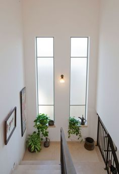 Staircase Design Modern, Home Stairs Design, Home Room Design, Small House Design, Home Design Plans, Modern House Design, Home Interior Design, Interior Architecture, Stair Landing Decor