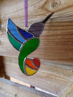Stained Glass Hummingbird - Handmade - Suncatcher - Rainbow colors - Nature - Birds - Fun