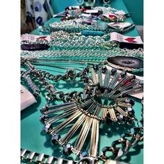 New in. Siguen entrando cosas nuevas a la #tiendafelicity Accesorizate by #suria #goodvibes http://instagram.com/p/wG_gxdxyJT
