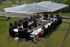 A dinner in the sky event at Las Vegas & Dans Le Noir in Paris (blind-fine-dining)
