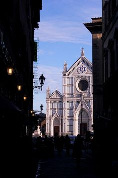About Tuscany: Santa Croce in Florence♥  For classic jewelry: www.etsy.com/shop/BlueDivaDesigns #bluedivagal