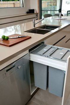 Kitchen Design Idea - Hide Pull Out Trash Bins In Your Cabinetry // Having the pull out trash bins right next to the sink and dishwasher makes it easy to scrape left over food into the garbage then load them into the dishwasher. Kitchen Trends, Vintage Kitchen, Kitchen Room, Kitchen Decor, Interior Design Kitchen, Kitchen Cabinet Remodel, Kitchen Dining Room, Kitchen Bin, Kitchen Design