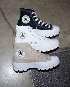 @radiantdoll 💕 Cute Sneakers, Sneakers Mode, Sneakers Fashion, Fashion Shoes, Fashion Fashion, High Top Sneakers, High Heels, Shoes Heels, Jordan Shoes Girls