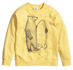 H&M #Nordsurf Bears sweatshirt, illustration by Jonas Claesson #WANT