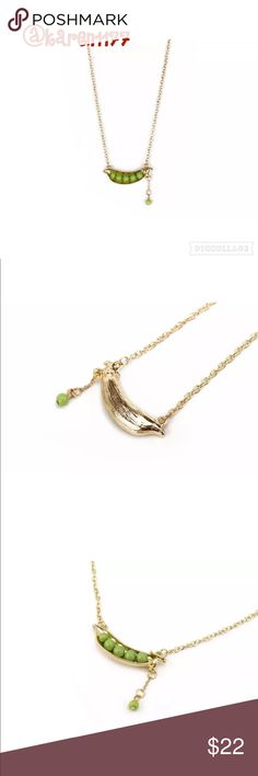 Listing Pea in a Pod Cute Necklace Super cute pea in a pod necklace in gold with green color. Minimal and classy. ✨Bundle and Save✨ Jewelry Necklaces