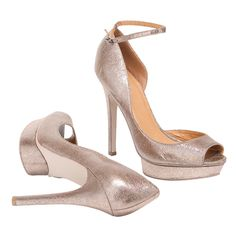 Glitzy metallic heels are every girl's version of glass slippers - perfect for that hot night out. #iRockLEGiT