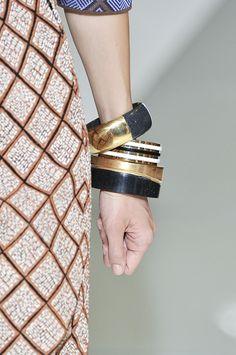 patterns + chunky bangles